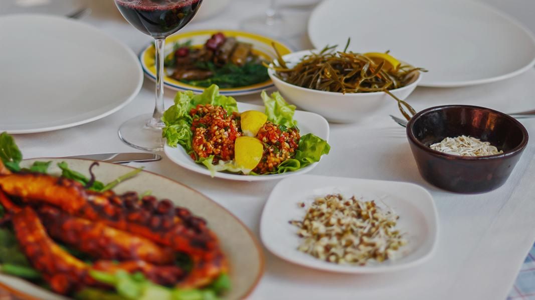 Bozcaada'ya Geldiğinizde Mutlaka Yemeniz Gereken 3 Leziz Yemek